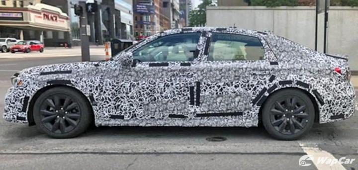 Next-gen Honda Civic spied