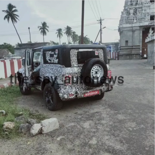 More images: Mahindra Thar with black alloy wheels spied