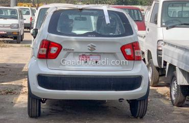 Updated Maruti Ignis spotted; gets roof rails