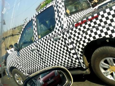 SCOOP! Chinese Foton Tunland (Pick-Up) caught testing