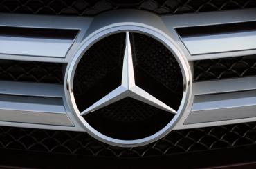 Mercedes-Benz steps forward to help flood affected cars