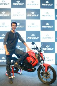 Revolt Rv 400 E Bike Unveiled Bookings Open On June 25