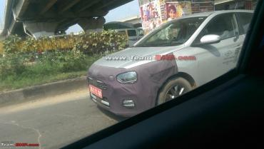 Scoop! Hyundai Elite i20 facelift spotted testing