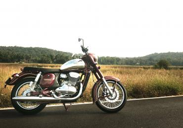 Jawa & Jawa forty two launched in India