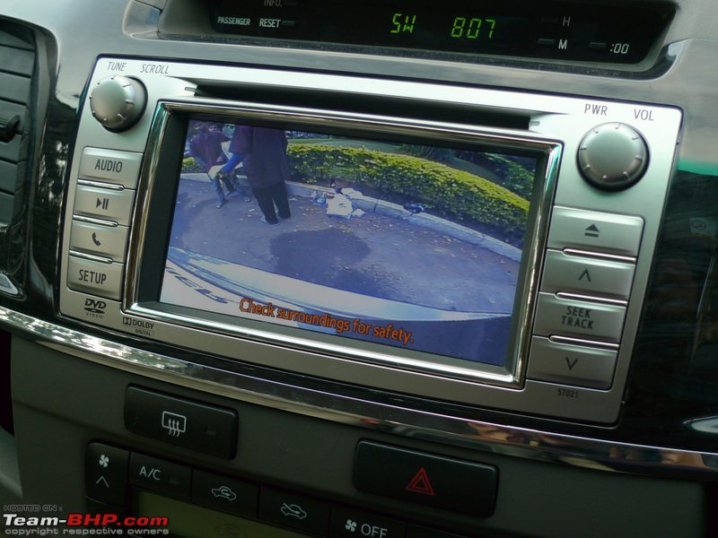 Review  2011 Toyota Fortuner 4x2  Mt  U0026 At