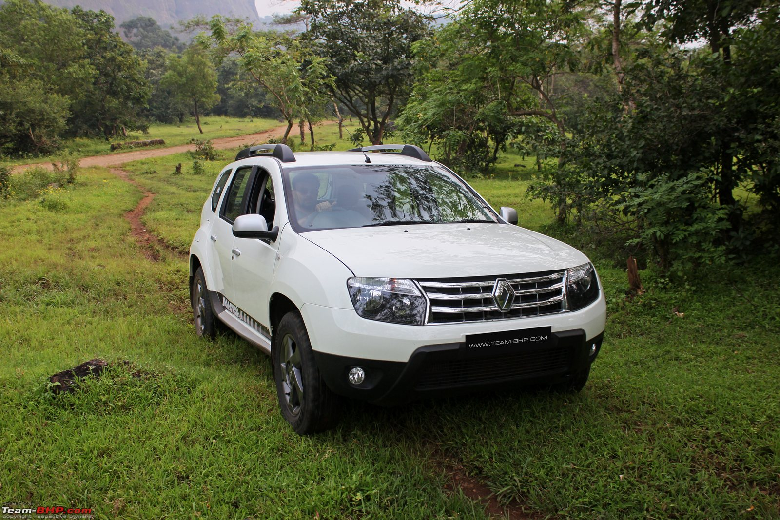 renault duster awd official review team bhp. Black Bedroom Furniture Sets. Home Design Ideas