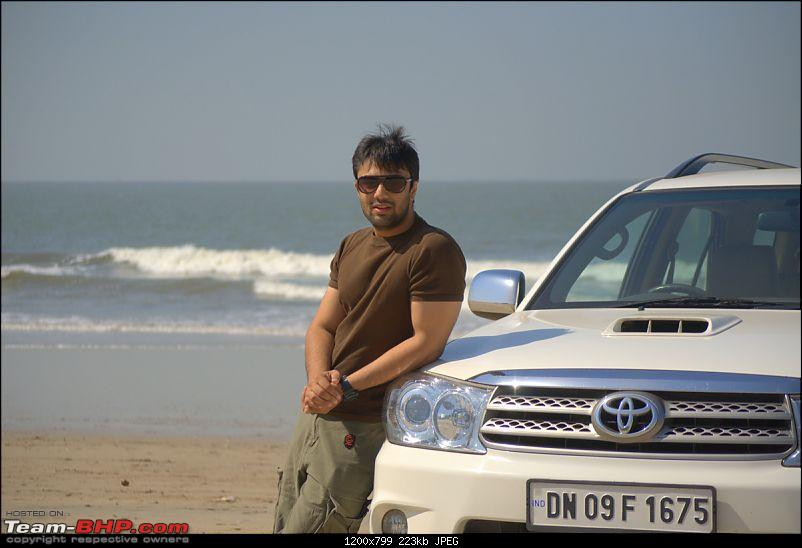 Life's a Beach...Damn, it's those Fortuners again!-a1.jpg