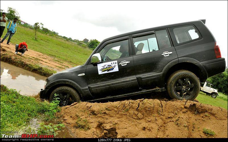 Mitsubishi Pajeros offroading at the 'Pride Adventure Drive', Hyderabad-dsc_0474.jpg