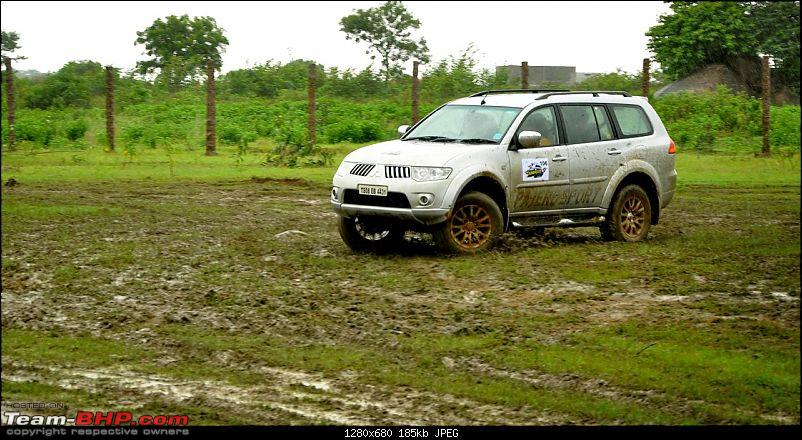 Mitsubishi Pajeros offroading at the 'Pride Adventure Drive', Hyderabad-dsc_0625.jpg