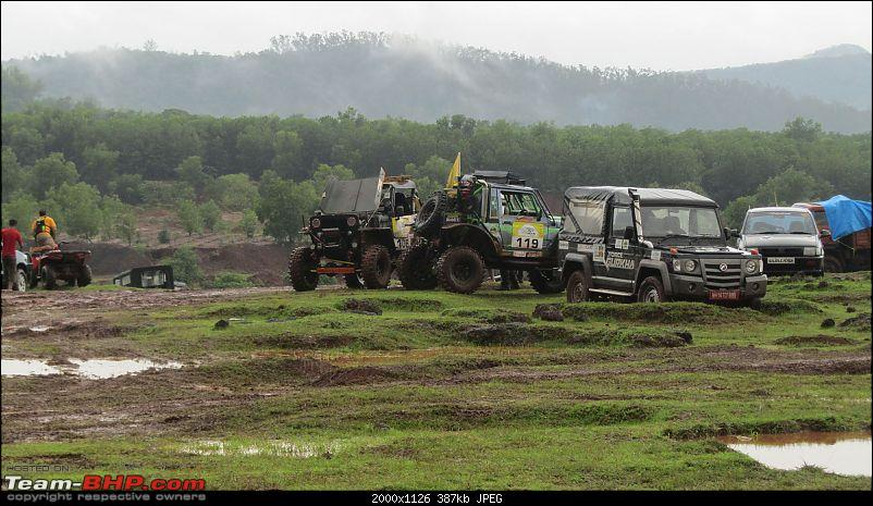 Report: The 2015 Rain Forest Challenge @ Goa-some-repairs.jpg
