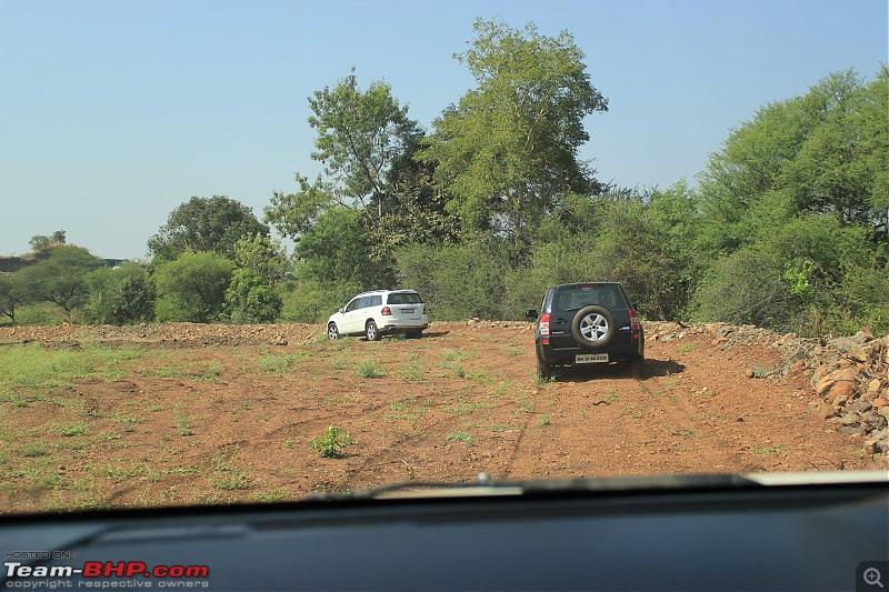 A Mercedes GL, 2 Grand Vitaras, a Sugarcane farm and a tow cable-003-easy-mud-tracks.jpg