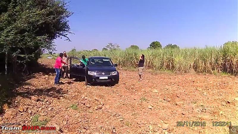 A Mercedes GL, 2 Grand Vitaras, a Sugarcane farm and a tow cable-037-hemank-trying-his-hand.jpg