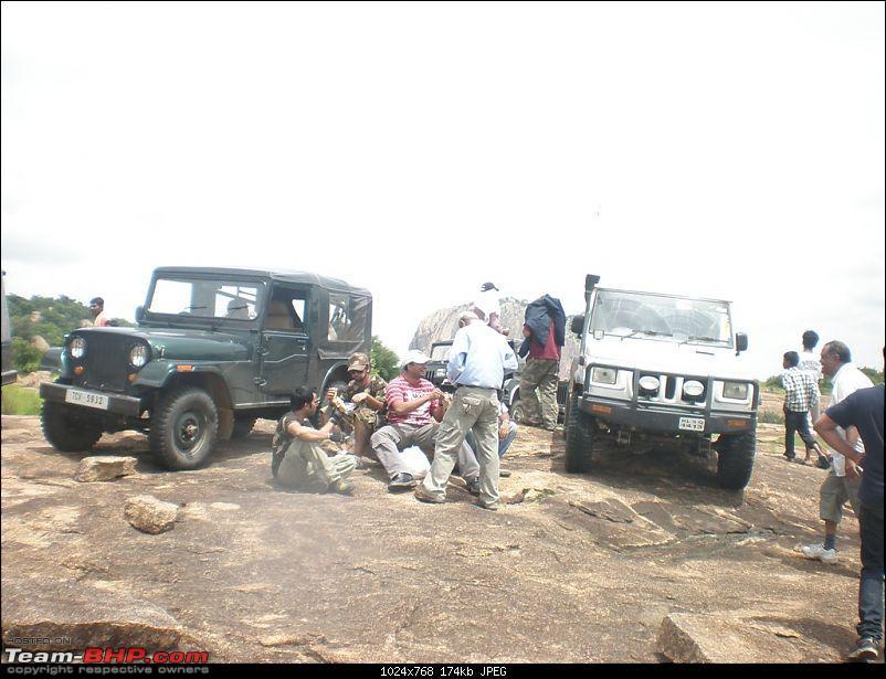 Of Jeep's, Gypsy, Landy and a L&T Komatsu - OTR/Recee (Off Kanakpura) - 11Jul2010-lunch....jpg