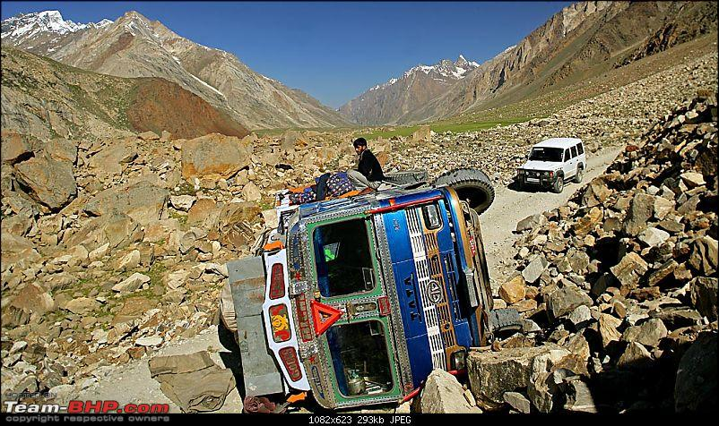Sumo 4x4, landscape pics, ladakh to Manali..-3-road-closed.jpg