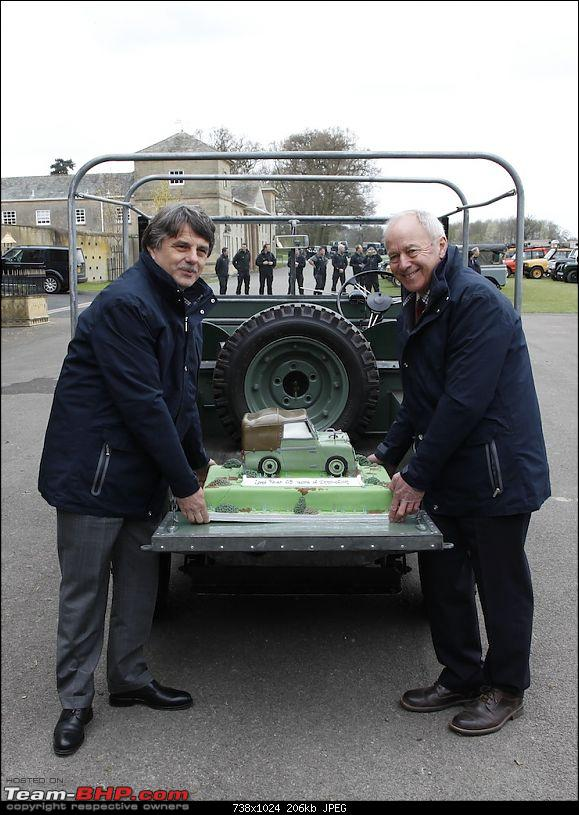 Report & Drive : Land Rover's 65th Anniversary Celebrations-cake_delivery_lr_65_years_300413_03.jpg