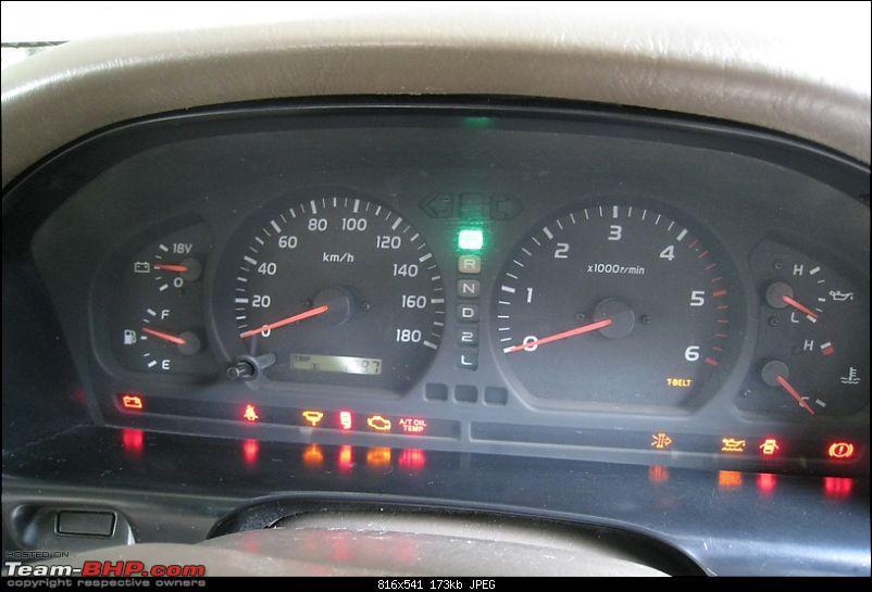 Toyota Landcruiser 100 Series HDJ100-lcint18.jpg