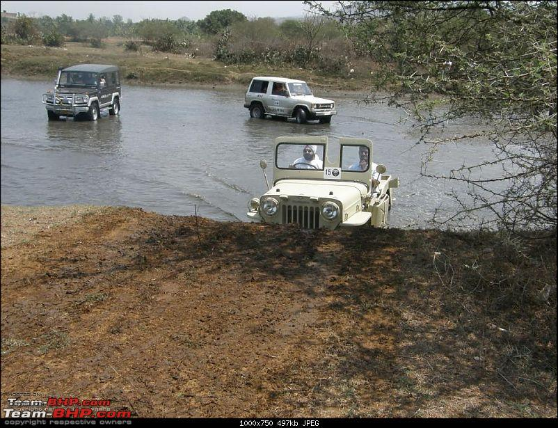 A Jeep At Last. Now What??!!-alibaug-otr-bank.jpg