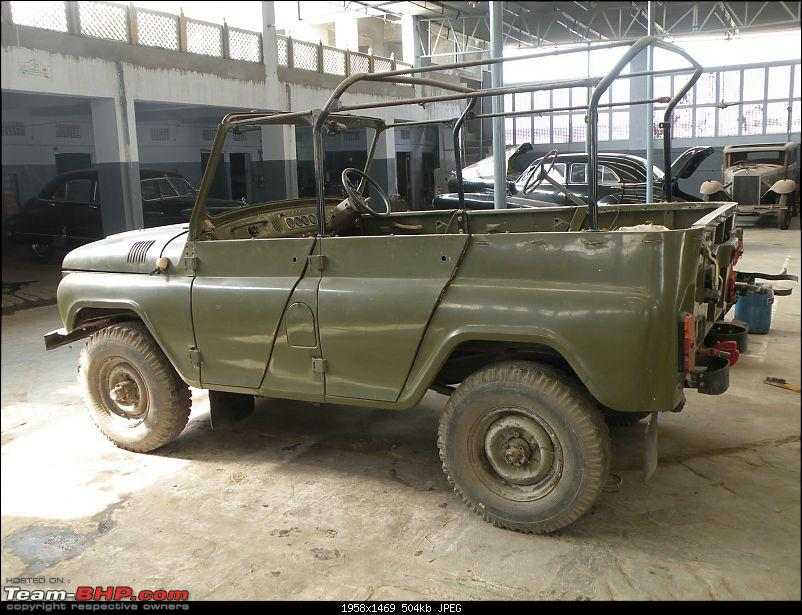 Russian Uaz-469, Ford and a Willy's-partys-sangeet-003.jpg