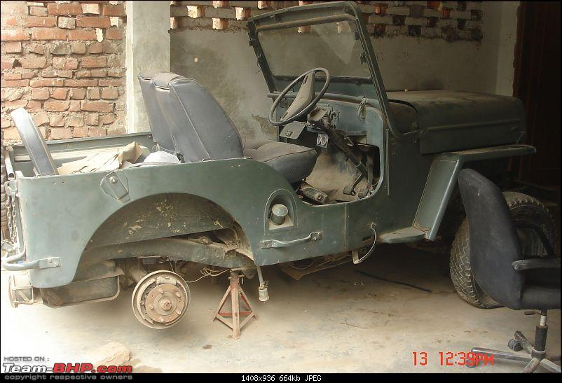 Russian Uaz-469, Ford and a Willy's-dicky-taujis-collection-043.jpg