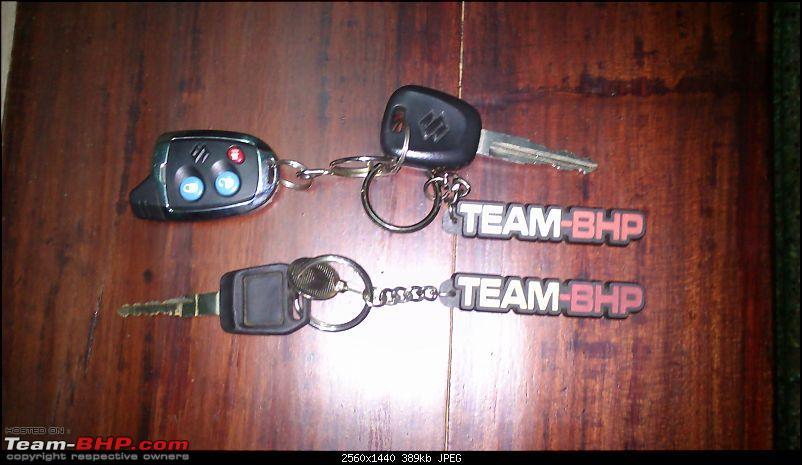 Team-BHP KEYCHAINS are here! Update: 'Got BHP?' design & mixed set added...-dsc_0072.jpg