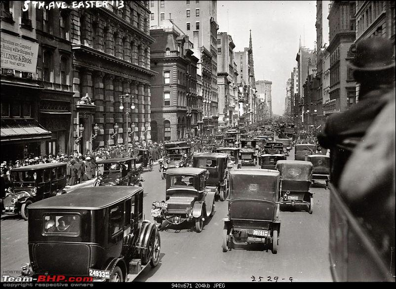 Old pictures of Vintage and Classic Cars beyond our borders-northern-part-fifth-avenue-new-york-easter-day-1913.jpg