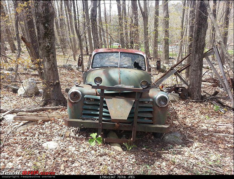 Pics of Vintage Cars rusting - Across the world-snow_plower.jpg