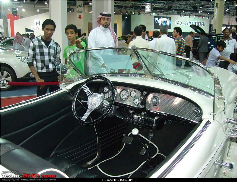 Saudi International Motor Show, Jeddah, Saudi Arabia.-2010_12300156.jpg