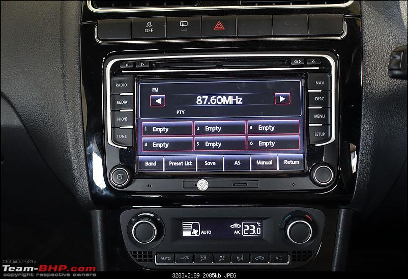 Installed! Audiosources DS611 head-unit in my Polo GT TSi-radio.jpg