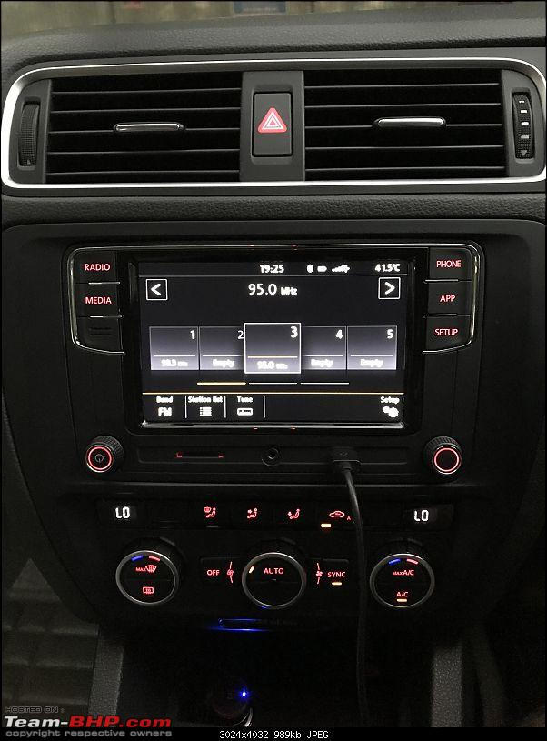 VW Polo/Vento : Replaced stock RCD320 with RCD330 Plus + rear view camera installation guide-img_1047.jpg