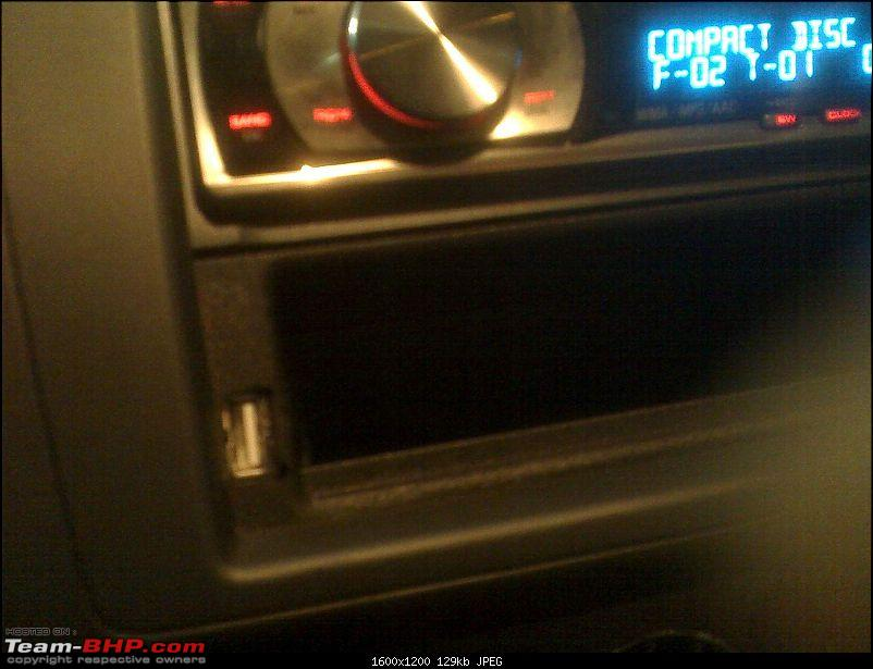 Front USB on a Pioneer 5050UB-0702_230527.jpg