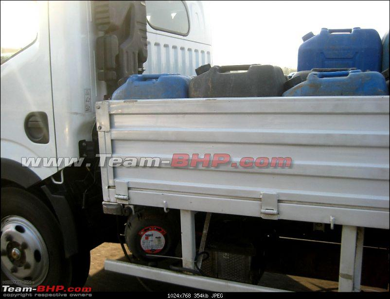 SCOOP : Nissan Commercial Vehicle spotted testing EDIT : Now as Ashok Leyland-img_7628.jpg