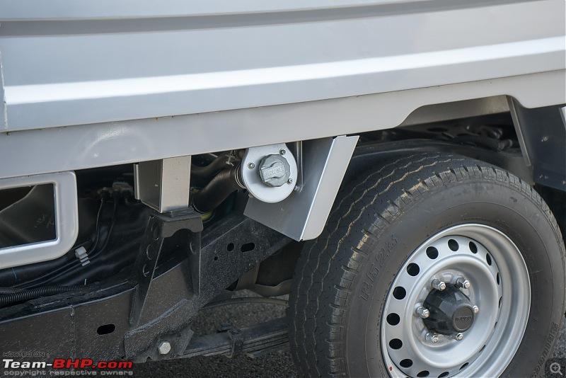 Review: Isuzu D-Max-fuel-tank.jpg