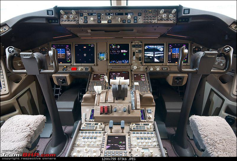 Boeing 777 - Pilot's Review-boeing777cockpit.jpg