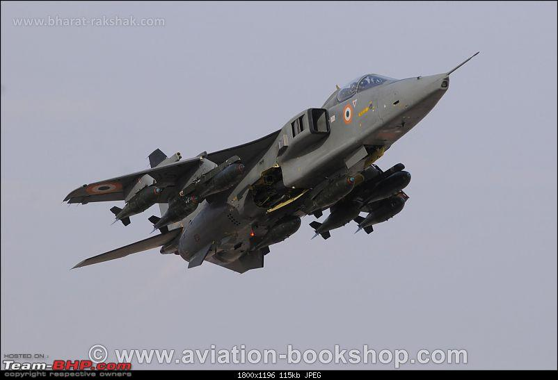 Combat Aircraft of the Indian Air Force-jaguarbombs.jpg