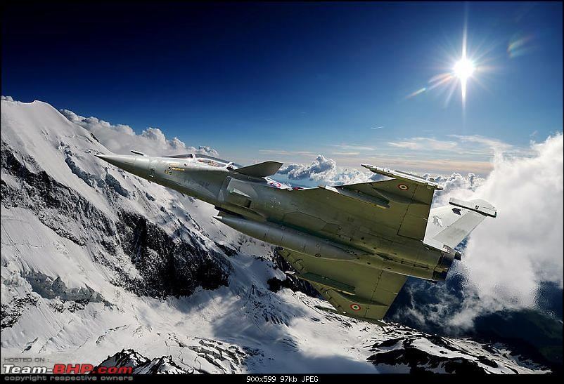 Combat Aircraft of the Indian Air Force-frenchrafaleovermountainspeterscheelen.jpg