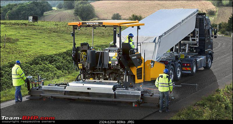 Volvo P6820C ABG paver launched in India-volvoshowtrackedpaverp6820ct3starpicture2324x1200.jpg