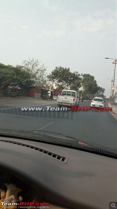 2016 Mahindra Getaway Pick-up spotted-4w.jpg