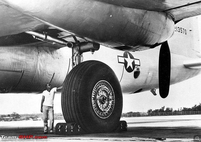 All about Aircraft Tyres-1024pxconvair_xb36_main_landing_gear_detail_061128f1234s028.jpg