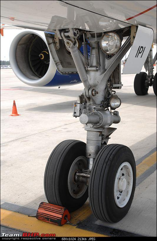 All about Aircraft Tyres-bogie.jpg