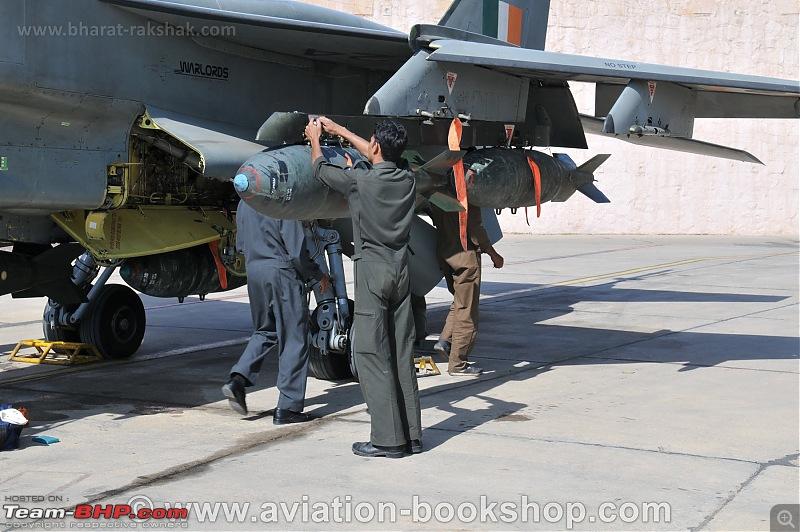 Combat Aircraft of the Indian Air Force-jaguar_js224_warlords.jpg