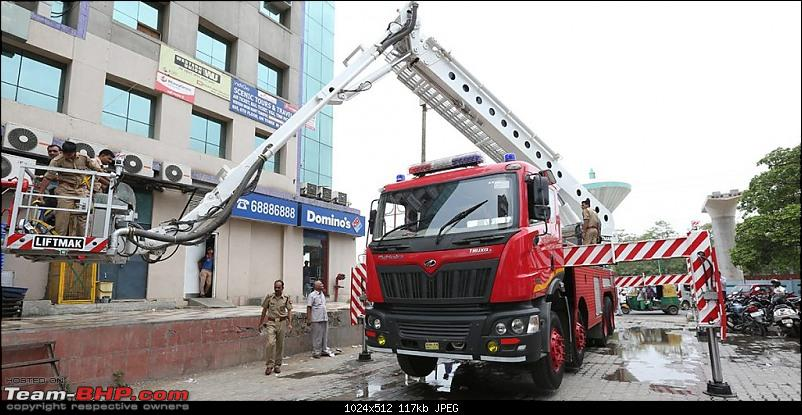 Pics: Fire Fighting Vehicles in India-lift-1.jpg