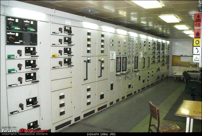The R-E-A-L BHP Giants: Maritime (Ship) Engines-15.-main-engine-switchboard.jpg