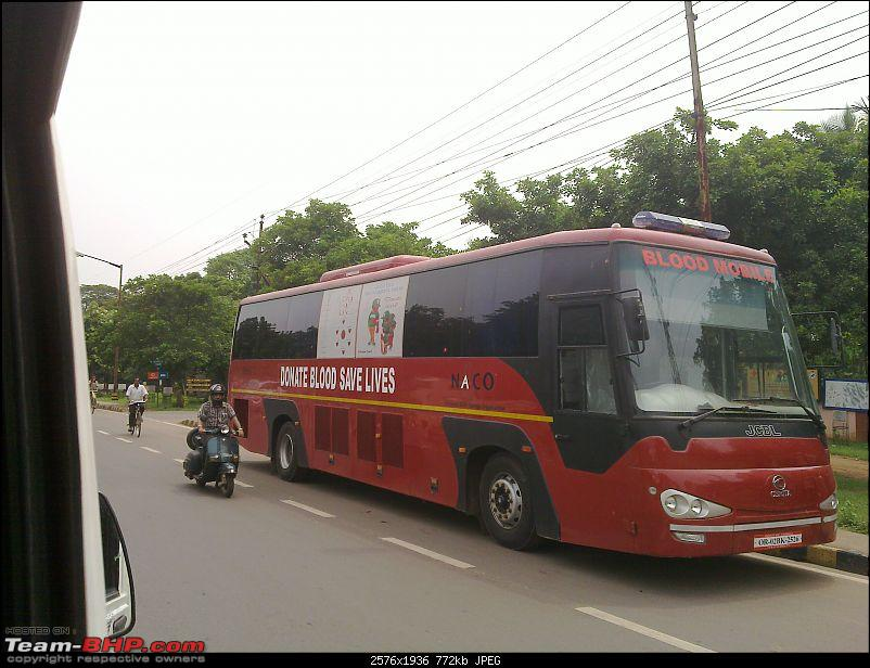 Intercity Buses operated by various private travels and STUs-20110701_001.jpg
