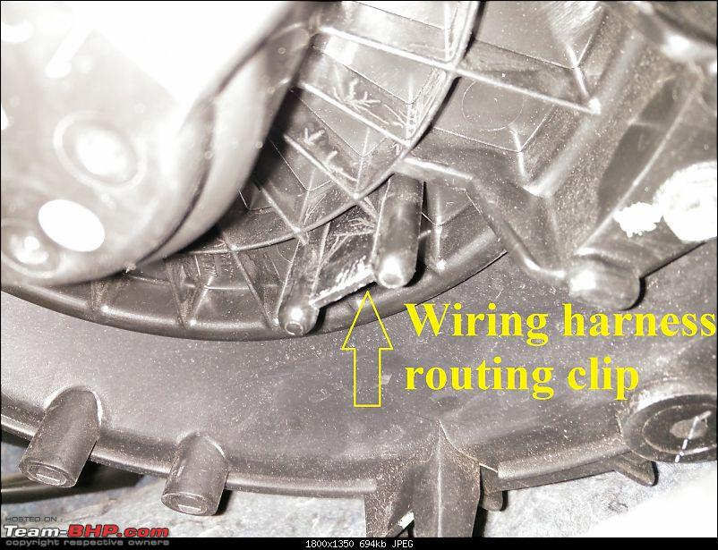 DIY: Cleaning the air-con blower of the Maruti Swift-5.-slot-wiring-holder.jpg