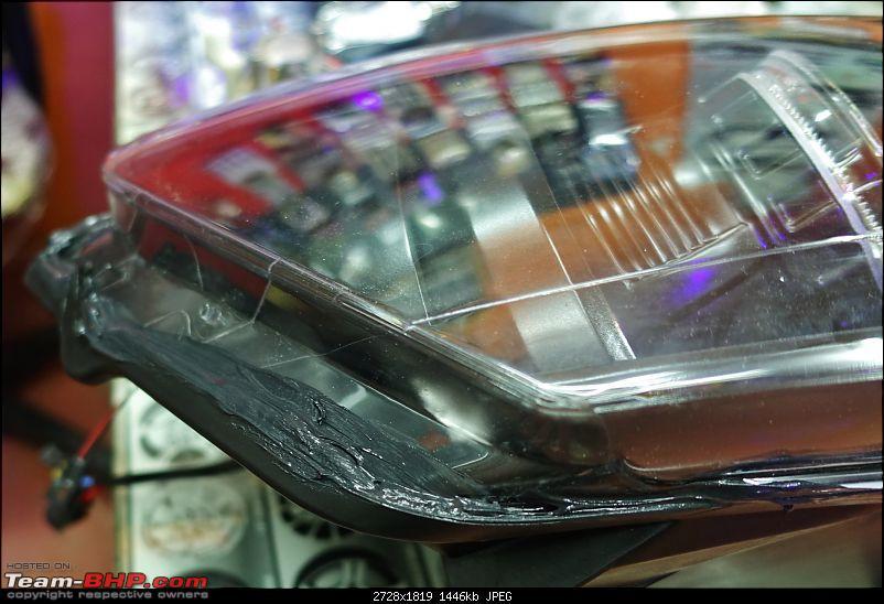 Installed! Bi-Xenon Projectors on my VW Polo GT TSi-seal-close-up.jpg