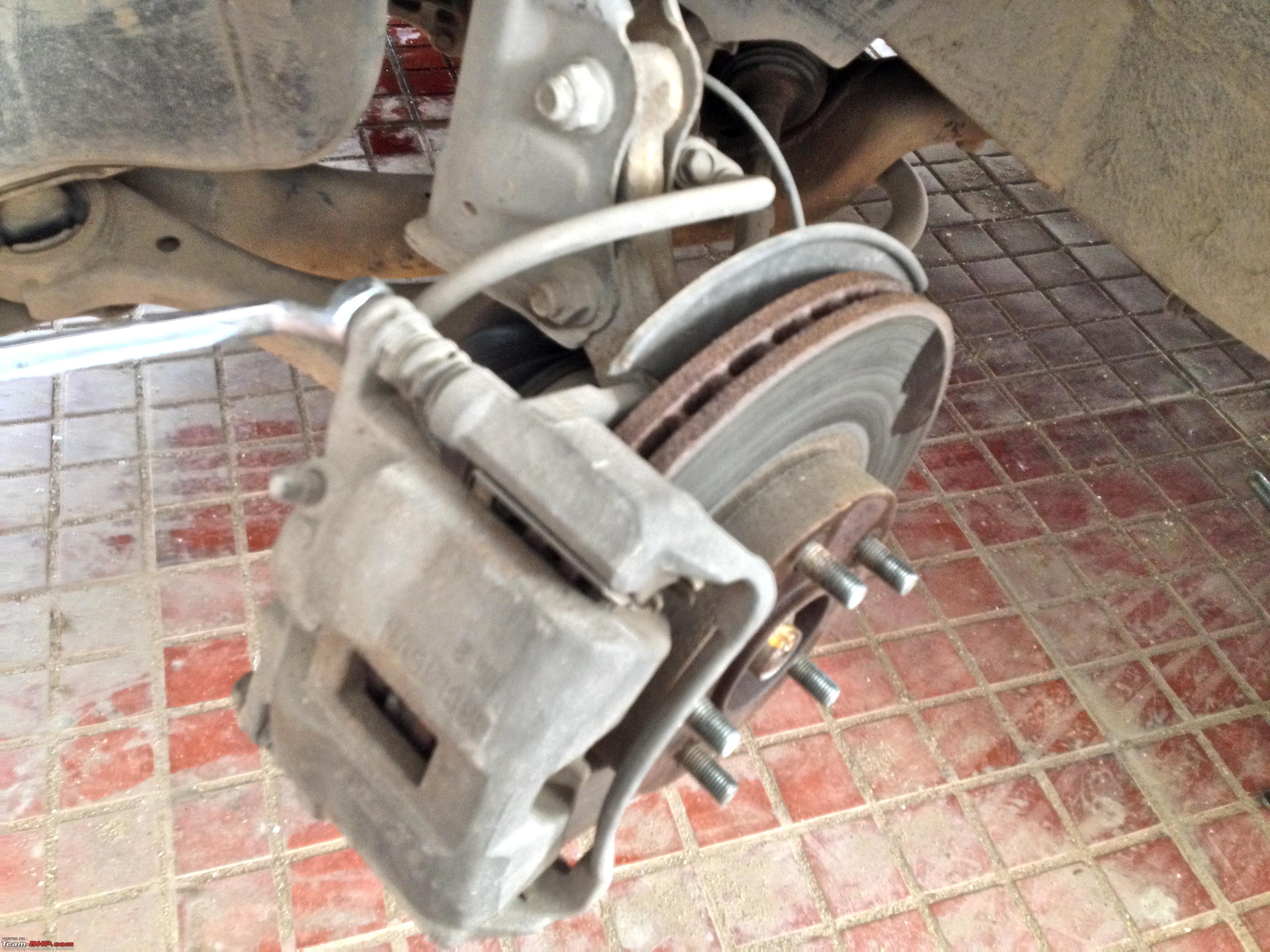 DIY     Honda       Civic    Brake overhaul  pistons   caliper