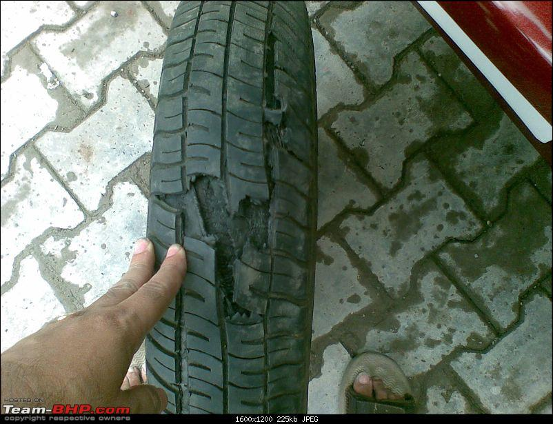 Maruti Suzuki WagonR DIY Stuff. Update: 8 years, half-a-lakh kms and counting-tyrefail2.jpg
