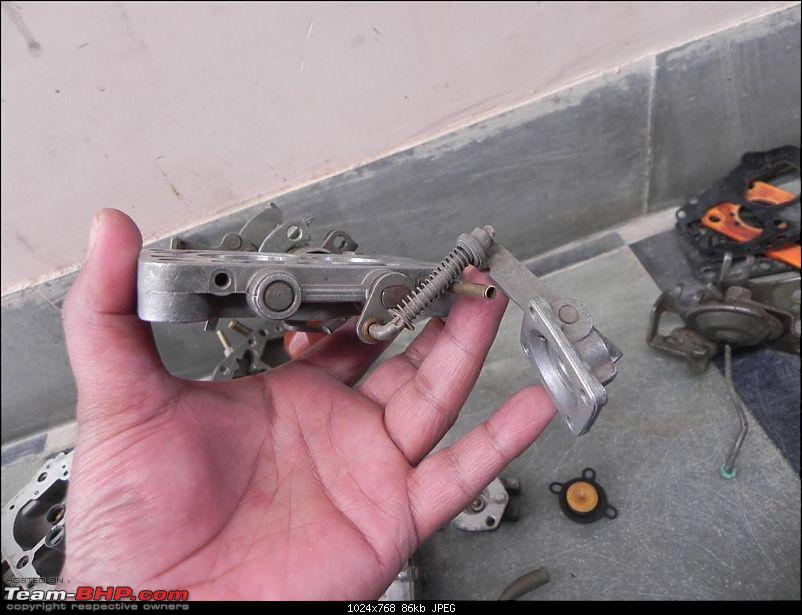 DIY : Great way to use a Sunday Part I - Carb Cleaning of Maruti 800-3h-throttle-valve1.jpg
