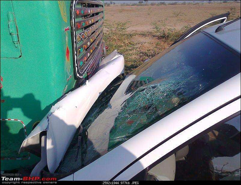 Nissan Micra Head On Crash with Truck.-photo0936.jpg