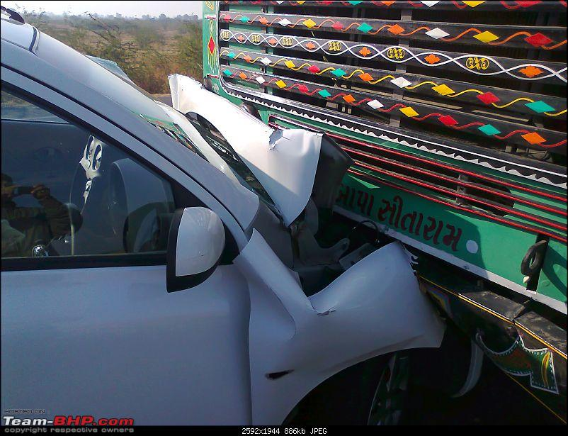Nissan Micra Head On Crash with Truck.-photo0939.jpg